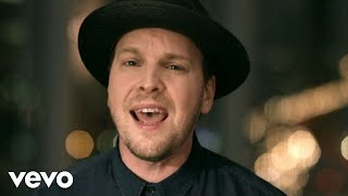 Repeat youtube video Gavin DeGraw - She Sets The City On Fire
