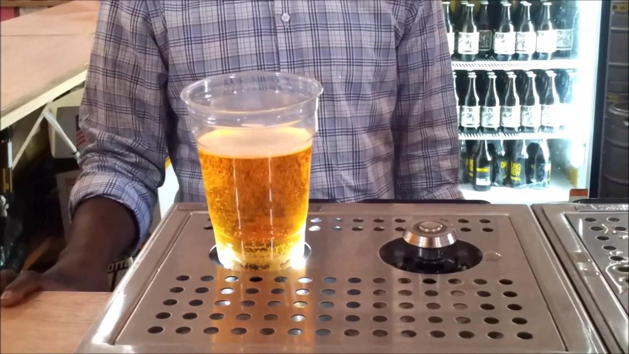 bier zapfen von unten nach oben