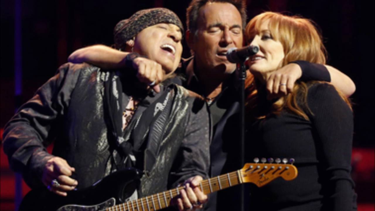 Bruce Springsteen - Backstreets (Live in East Rutherford 2016)