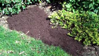 How the Pros spread Mulch