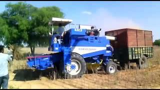 SAMRAT 510 self straw combine (multi crop)
