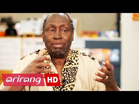 The INNERview _ Ngũgĩ wa Thiong'o _ The Stories of His Hometown and Imprisonment