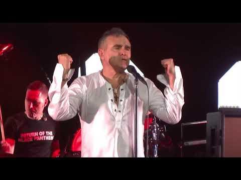 """Shoplifters Of The World Unite"" (Live) - Morrissey - San Francisco, Masonic - November 4, 2017"