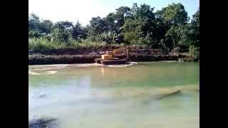 Download Video basah-basah SEX ML di Sungai Siwa SULAWESI Selatan MP3 3GP MP4