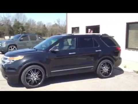 Black Ford Explorer >> Velocity 910 22 inch on 2011 Ford Explorer Toyo Tires - YouTube