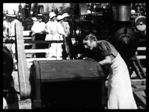 Mary Pickford visits Chicago World's Fair 1934