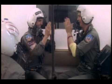 Tom Cruise and Anthony Edwards Play Pattycake