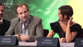 Ralph Fiennes reveals what Voldemort was wearing under his cloak