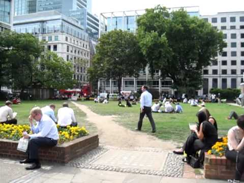 Wut in Finsbury Square, London - 2