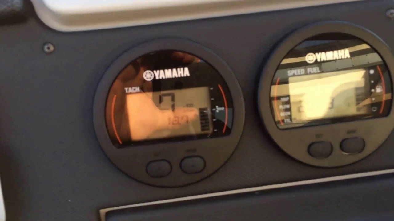 YAMAHA 200 outboard, RPM problem, up to 3500, fuel pipe incorrect  installation