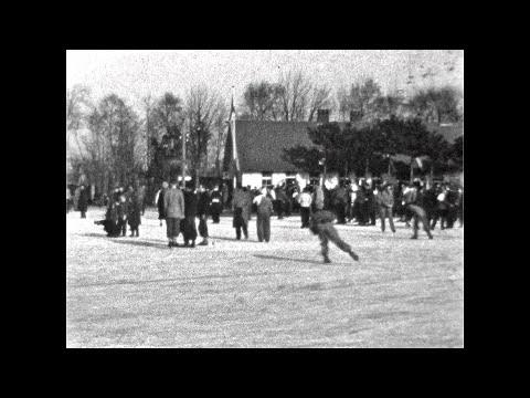 IJsbaan Bergen 1955 -   Koos Schekkerman