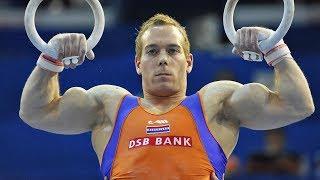 Самый накаченный и скандальный гимнаст в мире