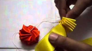 How to make a garland with multicolour satin ribbons