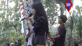 SUCI DALAM DEBU - RENA KDI by anggit_ghathan