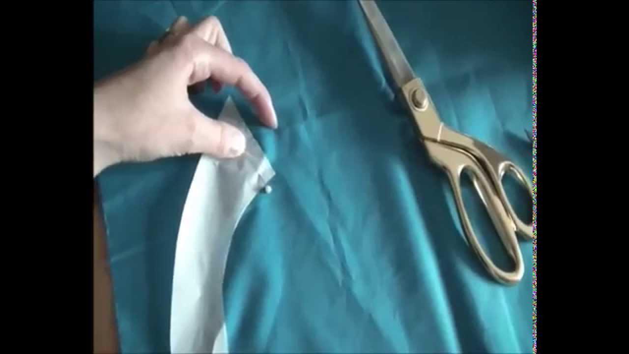 b2f081c16a1 Как обработать вырез горловины без воротника - YouTube