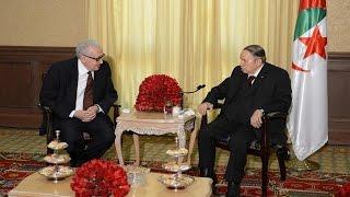 الرئيس عبد العزيز بوتفليقة يستقبل الدبلوماسي الجزائري الأخضر الابراهيمي