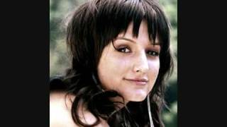 Ashlee Simpson - Dancing Alone