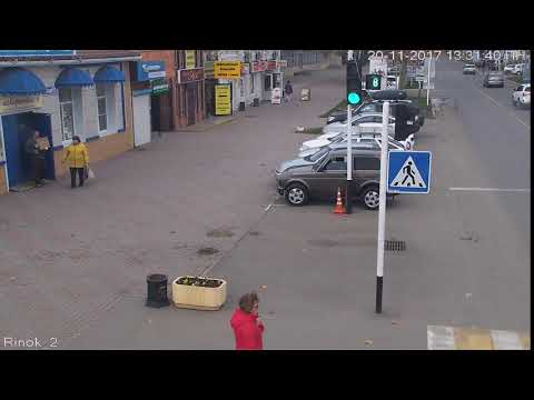 Пересек сплошную. г.Кореновск, ул.Красная, рынок. 20.11.2017