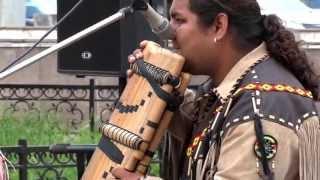 Индейцы в городе (Казань, ул Баумана)