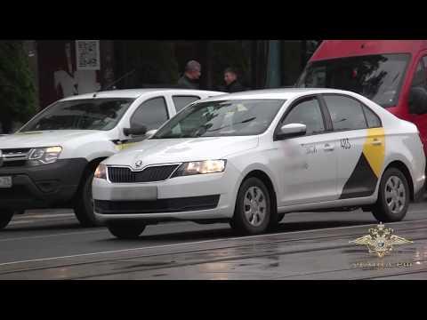 Полицейские задержали подозреваемого в ограблении водителя такси