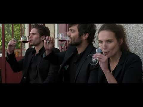 Trailer de Nuestra vida en la Borgoña (Ce qui nous lie) subtitulado en español (HD)