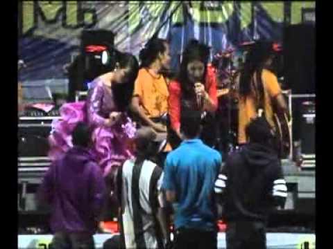Ratna Antika ~ WOYO WOYO Monata Live in Bajomulyo 2015