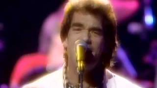 Huey Lewis and the News Live 1985 featuring Tower of Power Horns.