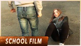 Court-métrage sur la violence - Collège Leï Garrus (English Subtitles)