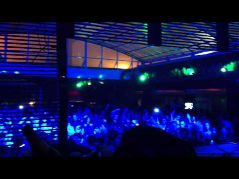 Betoko - RAINING AGAIN @ The Garden - Joinville Square Garden 24/052013