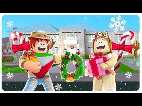 DECORAMOS NUESTRA CASA PARA NAVIDAD EN ROBLOX 🎄⭐ | Bloxburg Navidad
