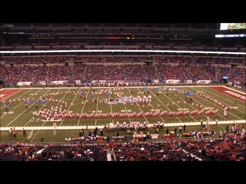 Badger Fans watch Nebraska Marching Band