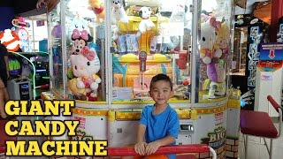 Giant Candy Chocolate Skill Tester Machine Arcade Games Fun Claw Machine At Timezone