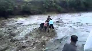 Patalpani Accident, Indore India.flv