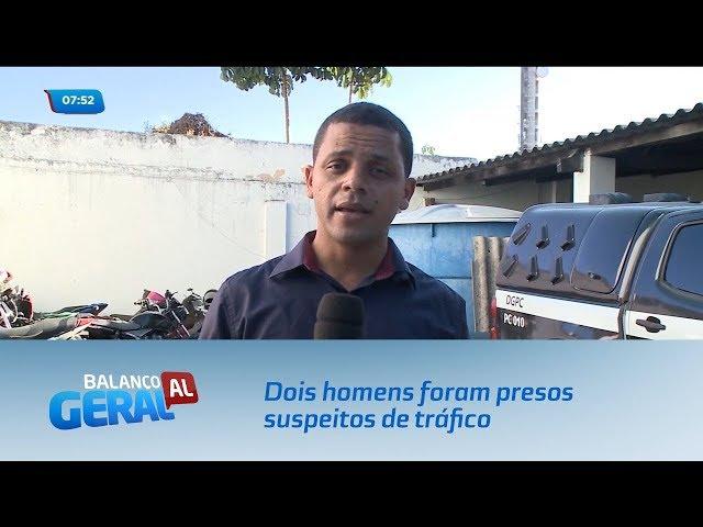 Dois homens foram presos suspeitos de tráfico de drogas no Benedito Bentes