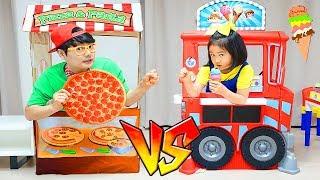 Boram et papa jouent dans un restaurant et un showdown de cuisine jouet.