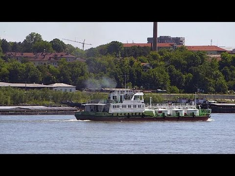 euronews Knowledge: Cargo vessels: a cleaner alternative to lorries - futuris