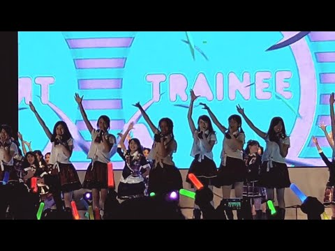 JKT48 - Aitakatta(Trainee,Team T) (Konser 6th birthday party, bigbang jakarta 2017 JIEXPO kemayoran)
