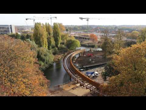Northampton Waterside Campus Footbridge Installation (Part 2)