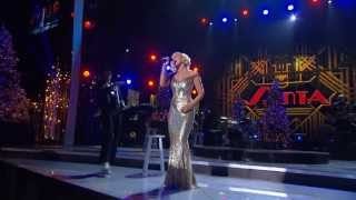 Kellie Pickler - The Man with the Bag (Live)