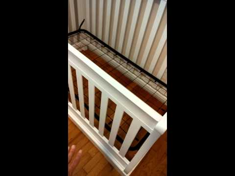 Graco 3 in 1 Convertible Crib/bed