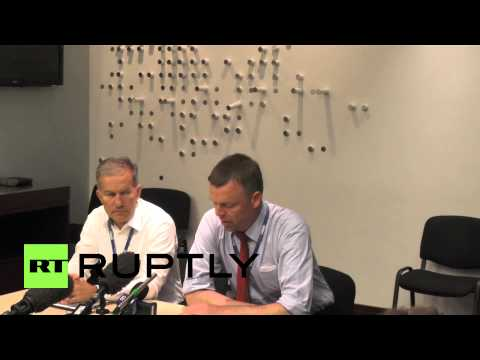 Ukraine: OSCE observers warded off MH17 crash site by explosions