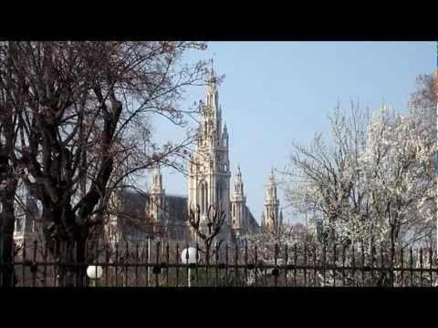 Austria, Vienna Rathaus - City Hall Exterior, HD Video Tour - Wiener Rathaus