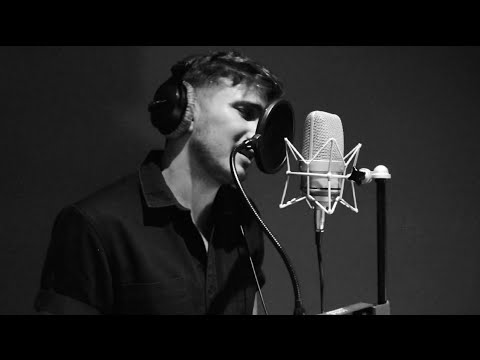 Stand up for love - Alex Row