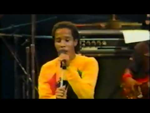 {HD} Ziggy Marley & The Wailers - Lively up Yourself {1983}