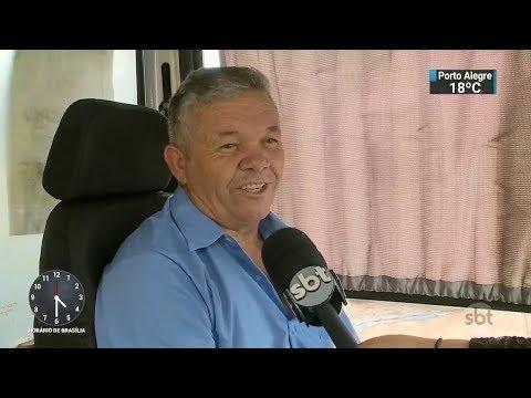 Motorista de ônibus é eleito o melhor do DF pelos passageiros | SBT Notícias (08/12/17)