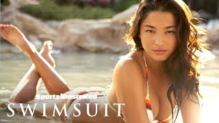 Julie Henderson & Jessica Gomes Swim With Dolphins At Discovery Cove | Sports Illustrated Swimsuit