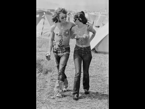 Pictures of Hippie Fashions From the Late 1960s to the ...