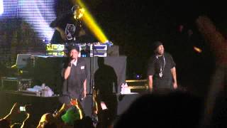 Repeat youtube video Ice Cube - Bop Gun Live Los Angeles 7/7/13