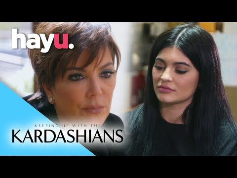 Rob Publicly Disses Kylie & Kris | Keeping Up With The Kardashians