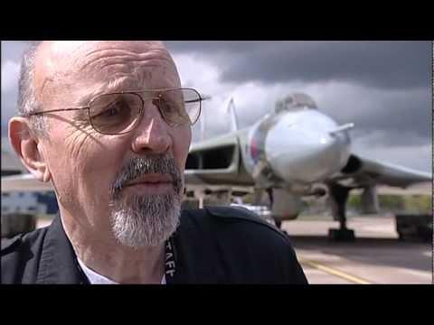 30 Years Anniversary Bombing Run On Port Stanley.mpg
